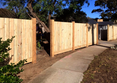 Vertical Timber Panels with Timber Feature Columns and an Automated Electric Sliding Gate and Hinged Access Gate